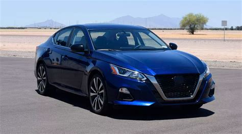 nissan altima awd turbo colors redesign release