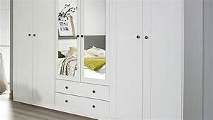 Nachttisch Schrank Weiß : schlafzimmer 2 rosenheim bett schrank nachttisch in wei ~ Indierocktalk.com Haus und Dekorationen