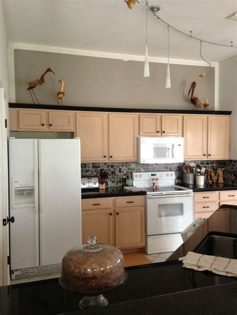 kitchen paint colors with pickled oak cabinets sherwin williams functional gray to de pink pickled oak