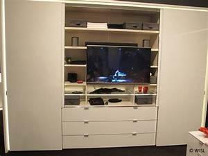 Kleiderschrank Tv Integriert : schlaf store ~ Lizthompson.info Haus und Dekorationen