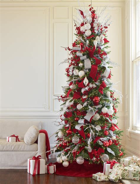 tips for decorating christmas tree white and sparkle christmas tree christmas tree 9347