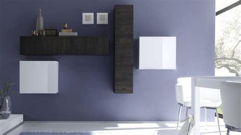 canapé blanc gris colonne suspendue linery de rangement verticale mobilier