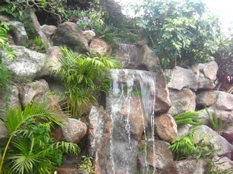 Cascada De Piedra Natural En Piscina (viveros Chaves) Doovi