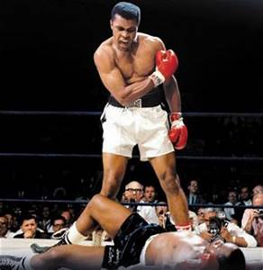 Muhammad Ali and Everlast Boxing Gloves (#28575 ...