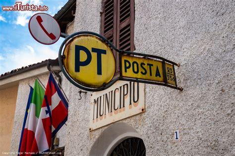 ufficio postale cuneo insegna dell ufficio postale di sale san foto sale