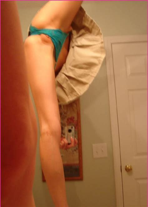 Best Naked Moments Pussy Slips And Pussy Flash 57 Photos