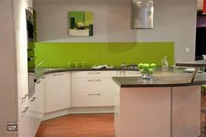 cuisine vert pomme et blanche With cuisine verte et blanche