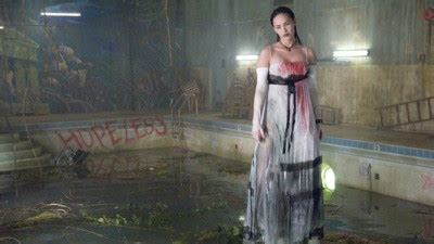 roger moore orlando jennifer s body movie review by roger moore orlando sentinel