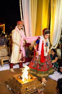 indian wedding the saptapadi or sath phere hindu wedding rituals