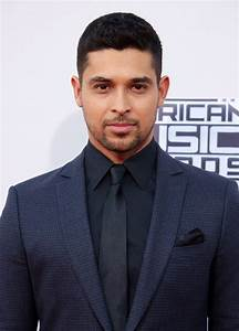 Wilmer Valderrama Picture 92 - American Music Awards 2015 ...