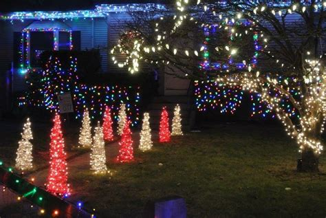 rhode island christmas light displays the frisina family lights 283 massasoit ave east