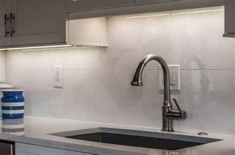 large tile kitchen backsplash overwhelmed by kitchen backsplash options 6819