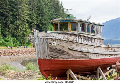 Old Boat Dock by Wooden Boat Dock Bing Images