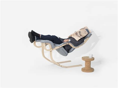 varier gravity balans the zero gravity chair for every