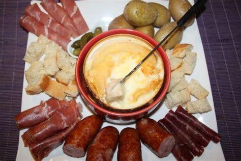 cuisiner le mont d or les 20 meilleures idées de la catégorie fromage mont d or