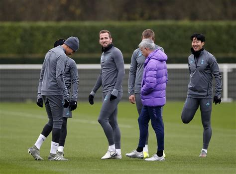 Harry Kane in contention for Man United clash, confirms ...