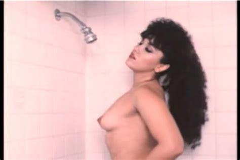 Yirah Aparicio Desnuda En 3 Lancheros Muy Picudos