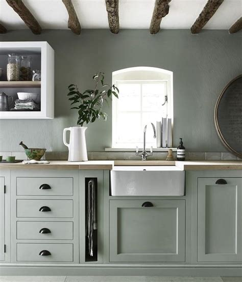 cuisine gris et vert plus de 70 exemples déco pour adopter l indémodable vert