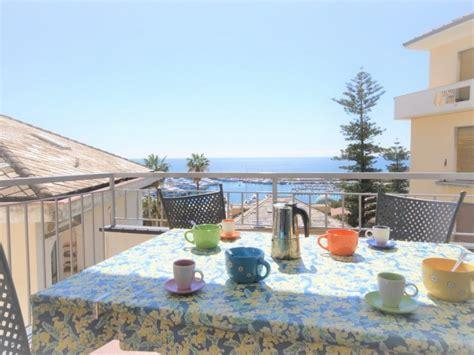 Appartamenti Mare Liguria Vacanze by Appartamento Con Terrazza Vista Mare Vacanza