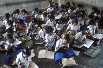 photo education india mumbai bombay slum school