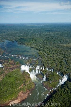 argentinian side  iguazu falls  brazil argentina