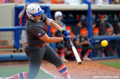 lauren haeger sets hr record florida gators