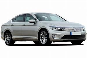 Volkswagen Passat Gte : volkswagen passat gte plug in hybrid review carbuyer ~ Medecine-chirurgie-esthetiques.com Avis de Voitures
