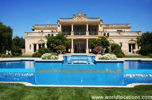 Big Mansions with Pools