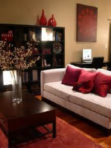 hgtv s rms cozy bright living room gray velvet sofa red