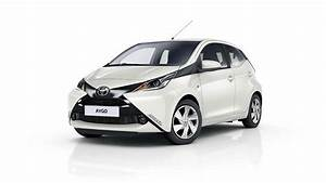 Toyota Aygo Prix Neuf : prix toyota aygo 1 0 l populaire a partir de 25 600 dt ~ Gottalentnigeria.com Avis de Voitures