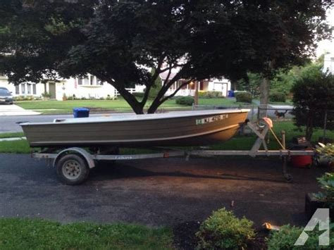 Starcraft Utility Boats Sale by 14 Ft Aluminum Starcraft Boat With Trailer And Titles For