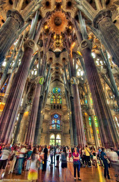 www la familia interieur nl la sagrada familia interior in barcelona spain details