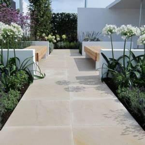 Dalle Allée Jardin : des plantes grimpantes pour balcon et terrasse on est toujours dans le jardin ~ Melissatoandfro.com Idées de Décoration
