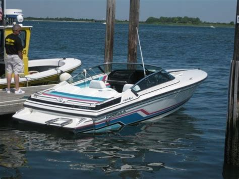 Boats Streams Formulas by 1992 Formula F206ls Boat For Sale In Valley New
