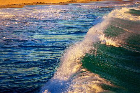 foot high wave move   ocean takepart