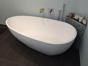 Freistehende Badewanne Mineralguss : luino freistehende mineralguss badewanne wei matt oder gl nzend 169x85x54 oval ei ~ Sanjose-hotels-ca.com Haus und Dekorationen