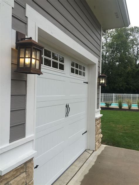 carriage house garage doors 25 best ideas about chi garage doors on
