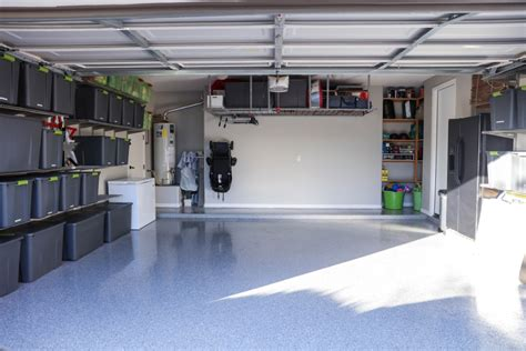 organized garage lil luna
