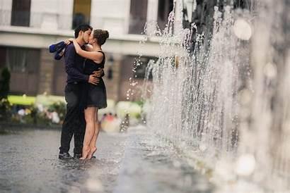 Rain Romance Couples Entertainmentmesh
