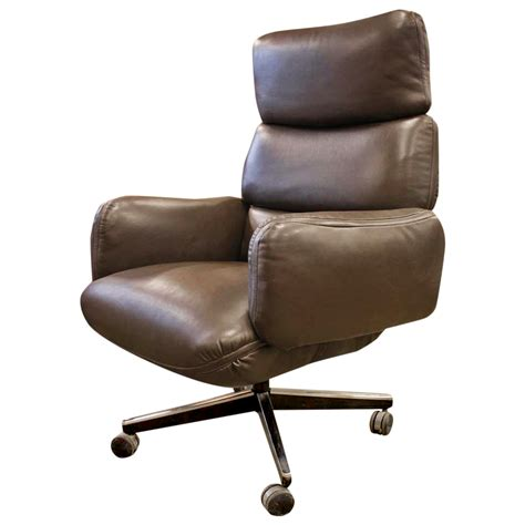 dark brown leather desk chair brown leather office chairs richfielduniversity us