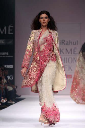 creative ways   sarees  wont wear anymore