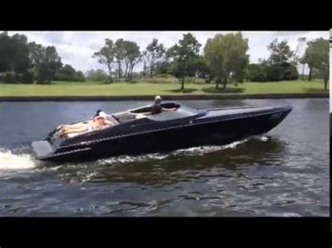 Scarab V8 Boat by 34ft Scarab Black