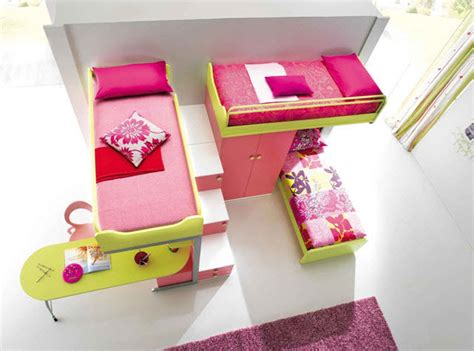 lit bureau escamotable idées de chambre pour deux et trois enfants