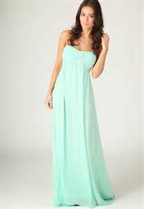 raining blossoms bridesmaid dresses choosing mint green