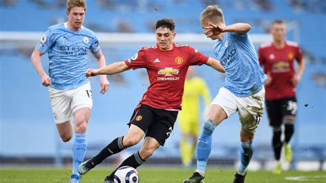 Europa league final prediction, kick off time today, tv, live stream, team news, lineups, h2h. Manchester City Vs Manchester United - Man City Vs Man Utd Head To Head Results And Statistics ...