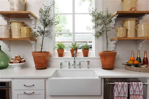 Southern Style Now Showhouse Kitchen by Kitchen By Farmer Farmer Design Featuring