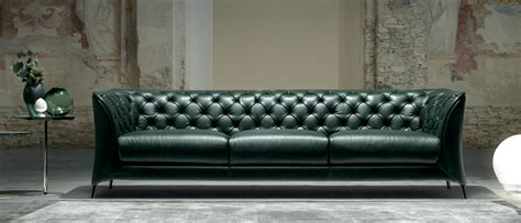 sofa reminded hip  natuzzi    top