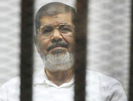 Muere en pleno juicio el expresidente de Egipto Mohamed