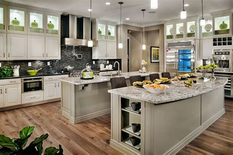 lighting designs for kitchens 195 best kitchens images on kitchen ideas 7028