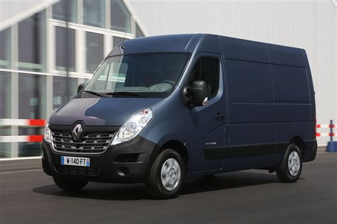 renault master renault master 2014 facelift pictures auto express